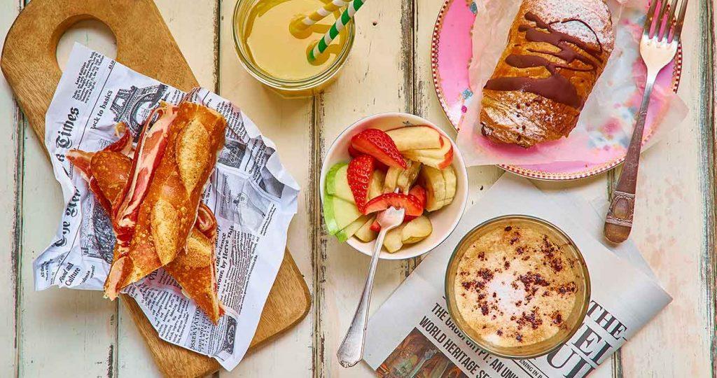 TiaSanta Breakfast